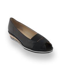 Brunate Schuhe ein Peeptoe