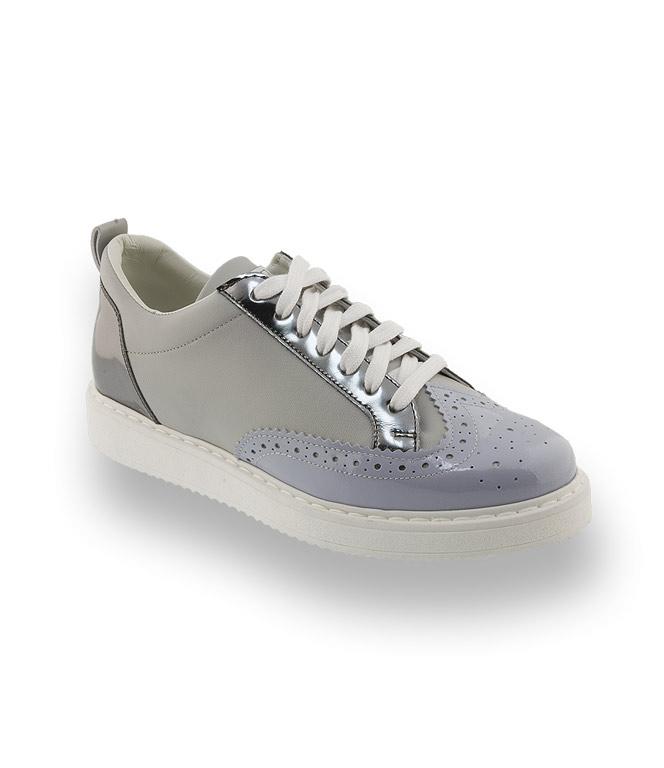 L4K3 Sneaker